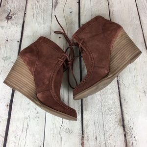 Lucky Brand Ysabel ankle booties
